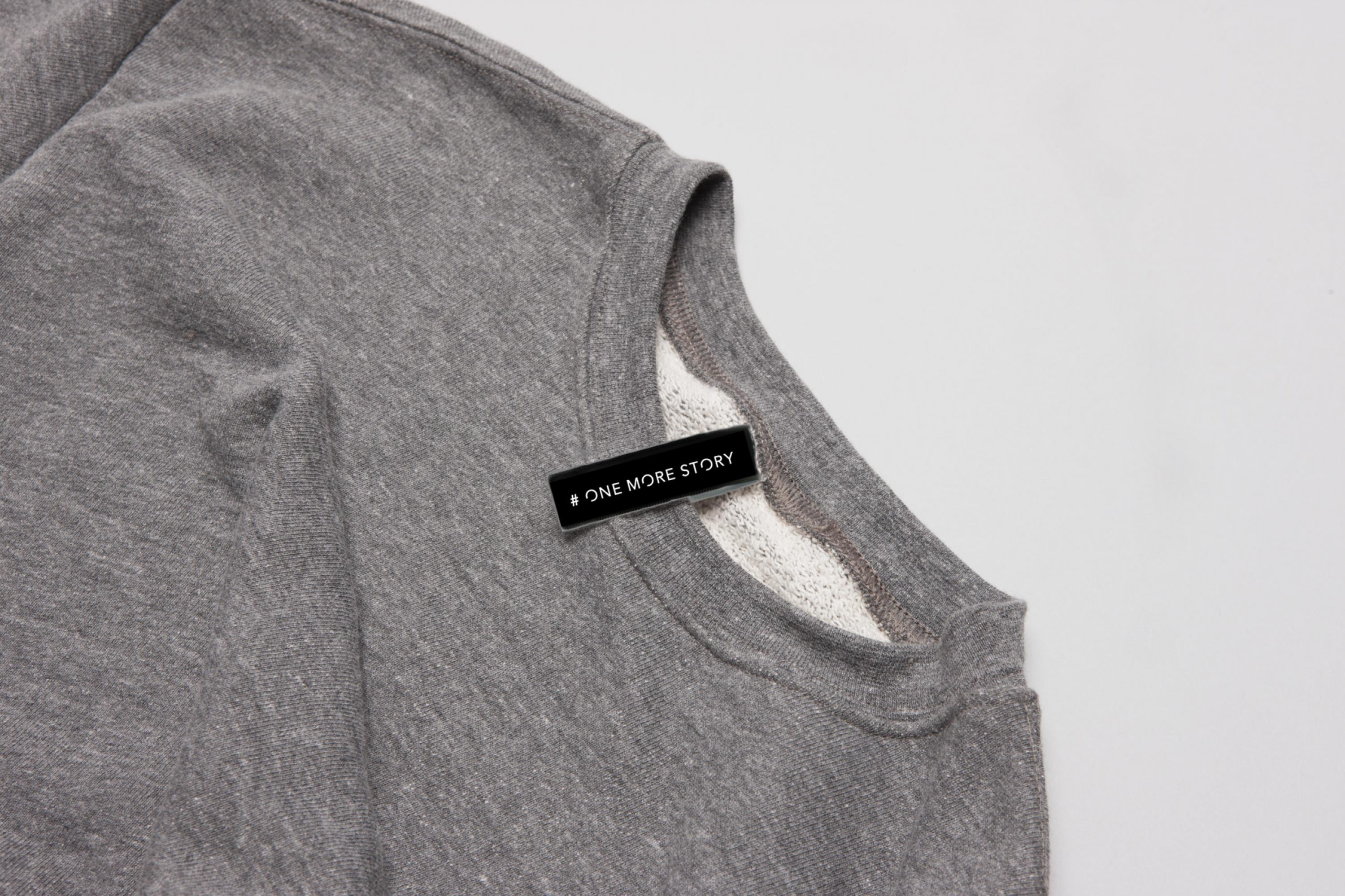 Branding-OneMoreStory-Fashion-Label-Logo-Design_Weblabel