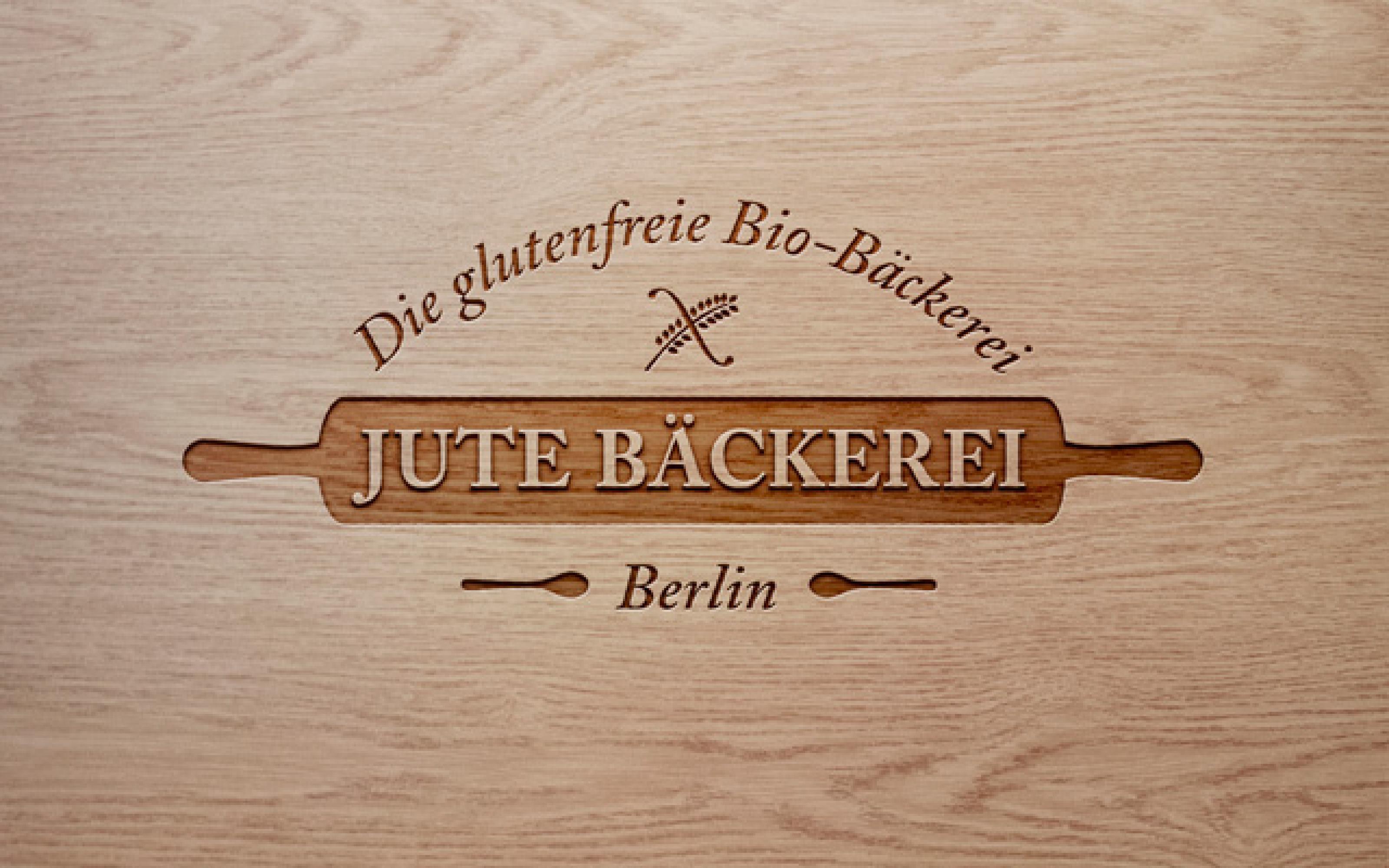 JuteBäckerei-glutenfreieBäckerei-logo-FORMLOS-Berlin-logo-wooden-00