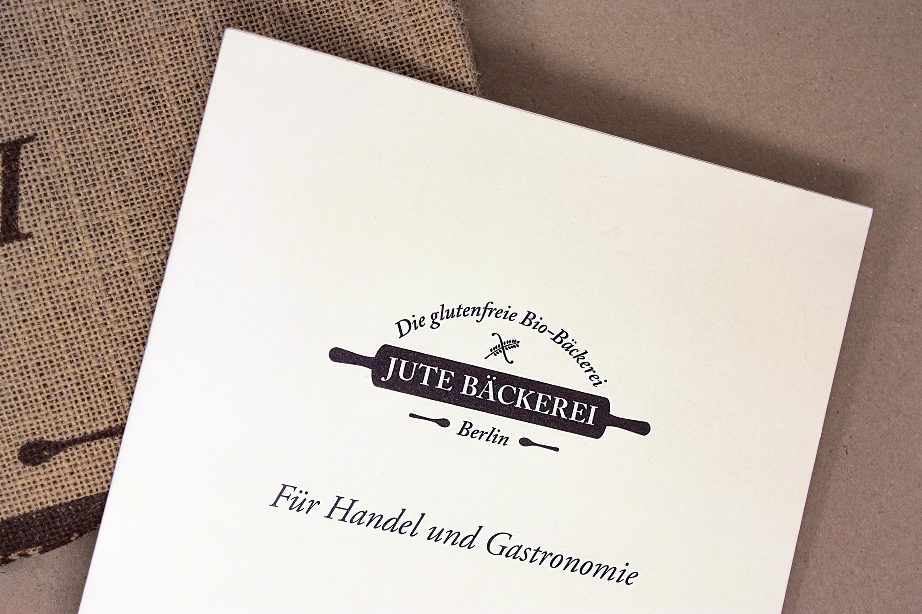 Print-broschuere-jute-baeckerei-formlos-corporate-design