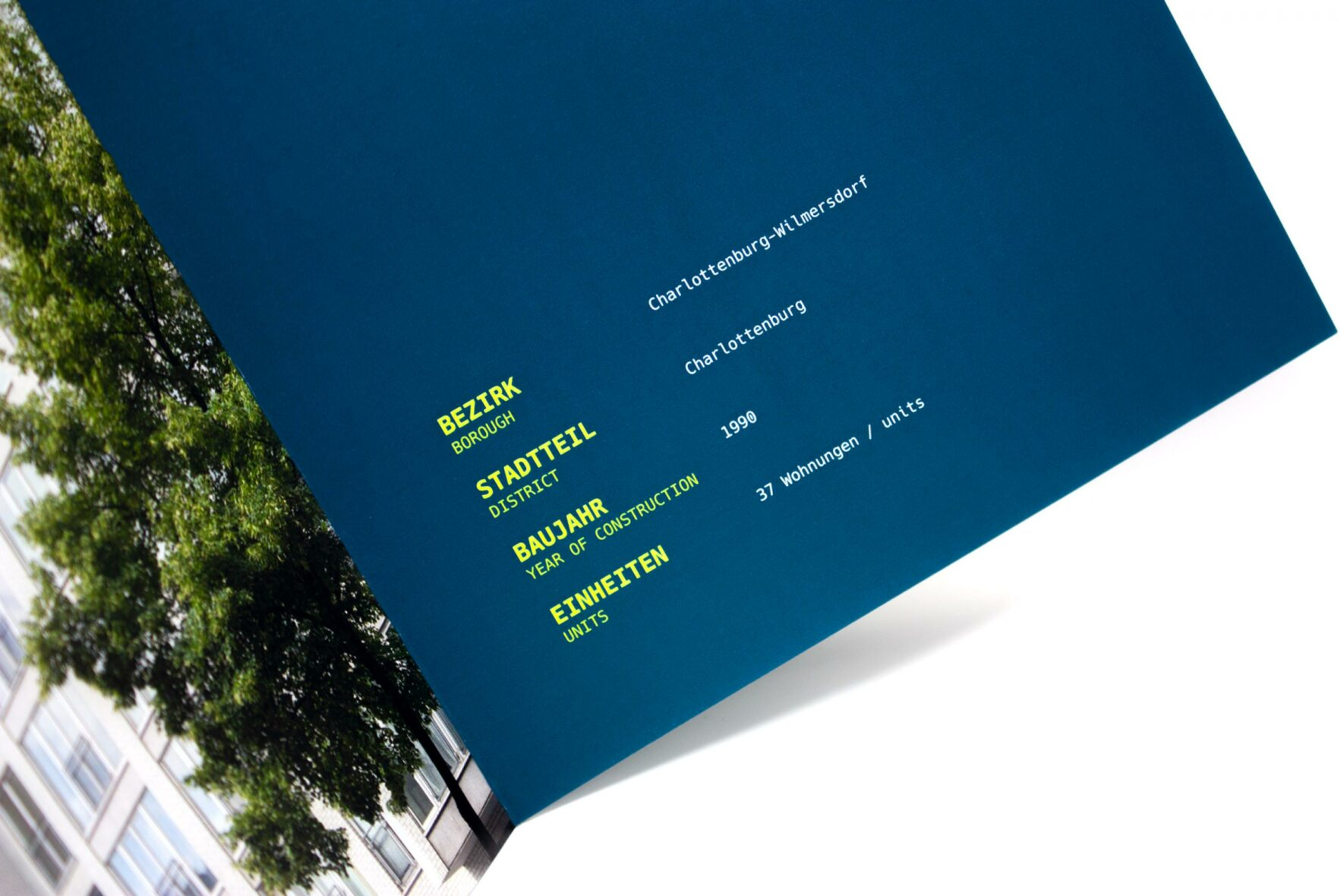 Broschuere-Leibniz-Immobilienbranding-Trendcity-FORMLOS-berlin-Print76